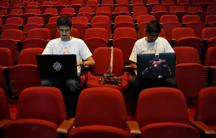 Out Of College, Into Start-Ups