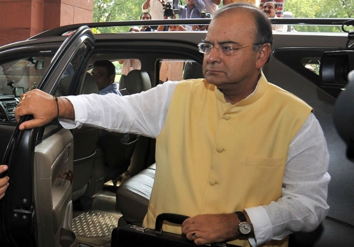 Jaitley Says Unusual Withdrawal Leading To Cash Shortage In Some Areas,  Situation Being Tackled
