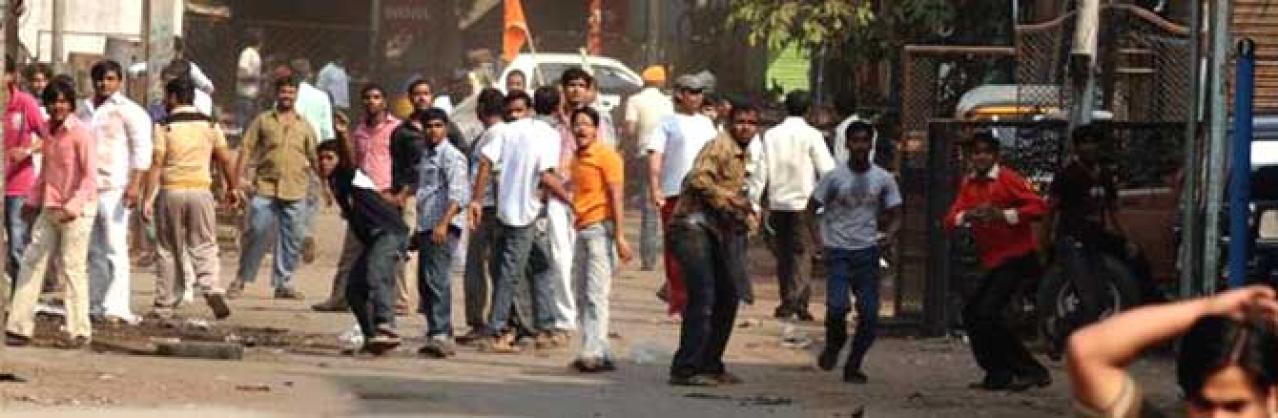 """Riots in Bengal, Photo Credit: <a href=""""http://defenceforumindia.com/forum/politics-society/47911-riots-bengal-2.html"""" shape=""""rect"""">defenseforum</a>"""