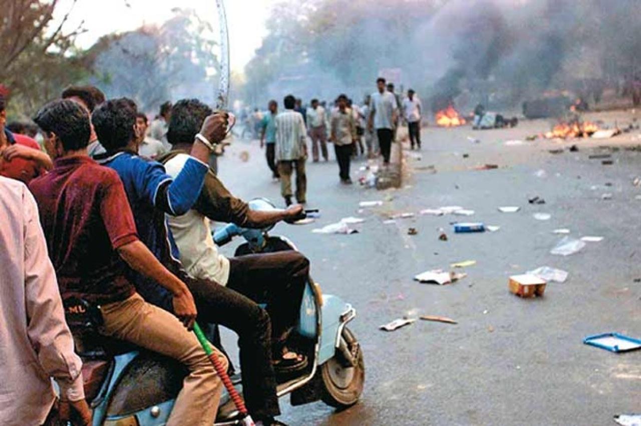 "Gujarat Riots, Photo Credit: <a href=""http://indiaplex.com/gujarat-riots-18-get-life-imprisonment-in-the-ode-village-mass-murder/24/"" shape=""rect"">IndiaPlex</a>"