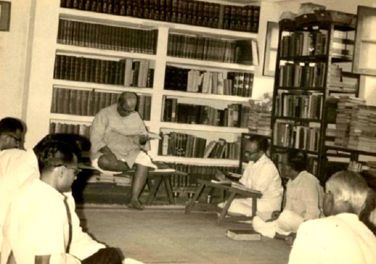 S. R. Ramaswamy with D. V. Gundappa