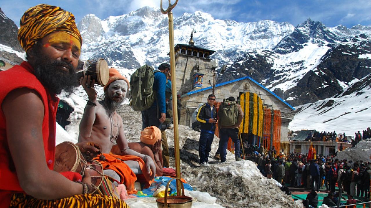Devotees at Kedarath Shrine/Getty Images