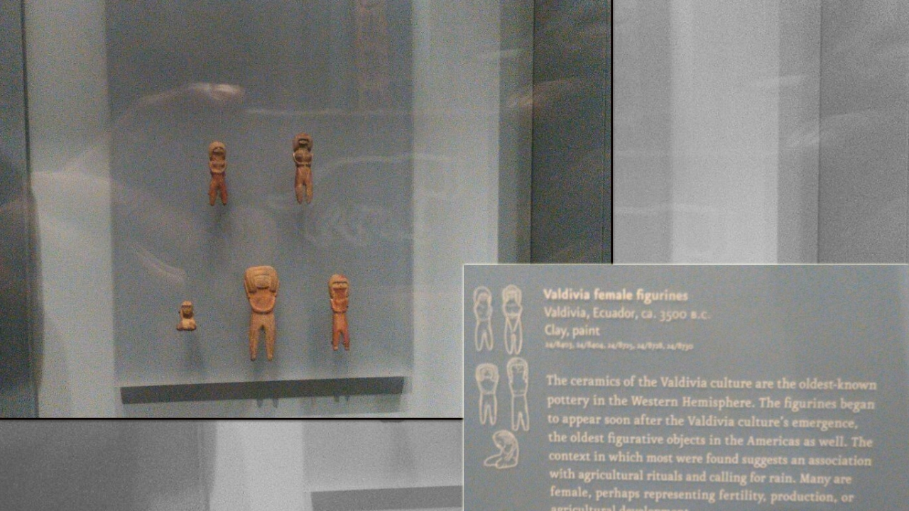 Valvidia female figurines, Ecuador, 3,500 BCE, National Museum of the American Indian, New York