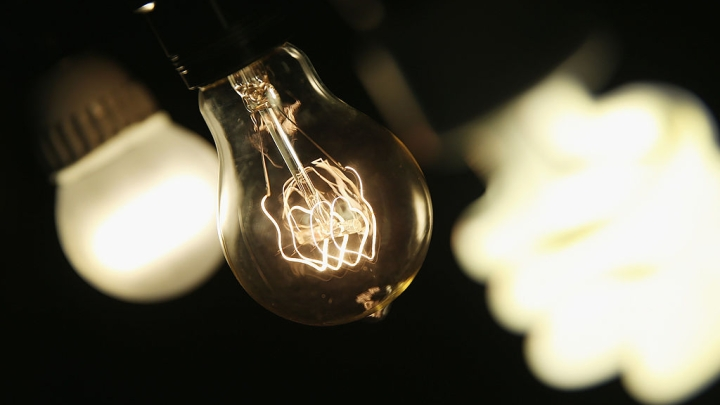 Say Hi To MIT's Incandescent Bulb Ver 2.0; It Significantly Betters The Modern Light Bulbs.
