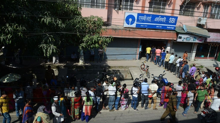 SBI Says There Is A Need For Rs 500 Notes To End Bank Queues