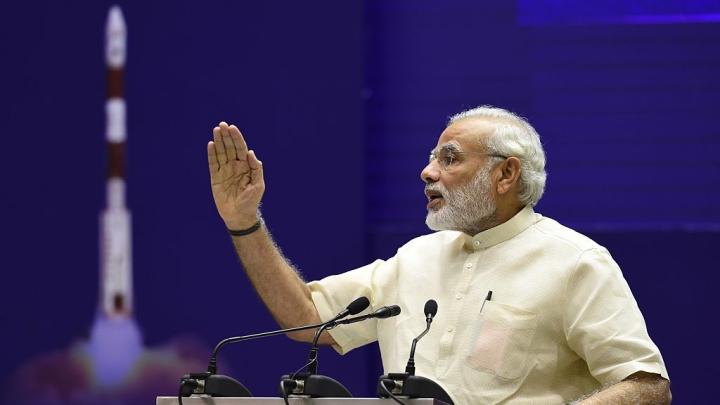 Morning Brief: Modi Woos Investors; Note Ban Reviewed; BJP Dares Rahul Gandhi