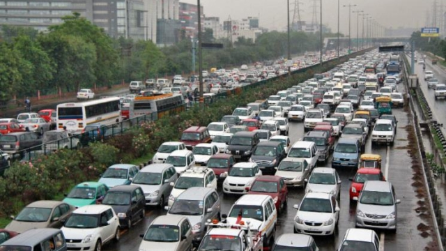 India Has Nearly As Many Vehicles As Households; Bus Karo! India Cannot Be Car Country Like US