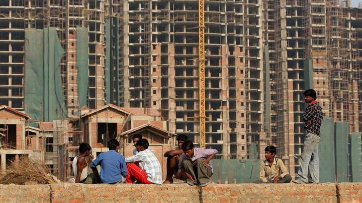 Morning Brief: New Wage Plan For Unorganised Sector Workers; Flipkart Funding Boost; Taj Mahal Or Tejo Mahalaya?