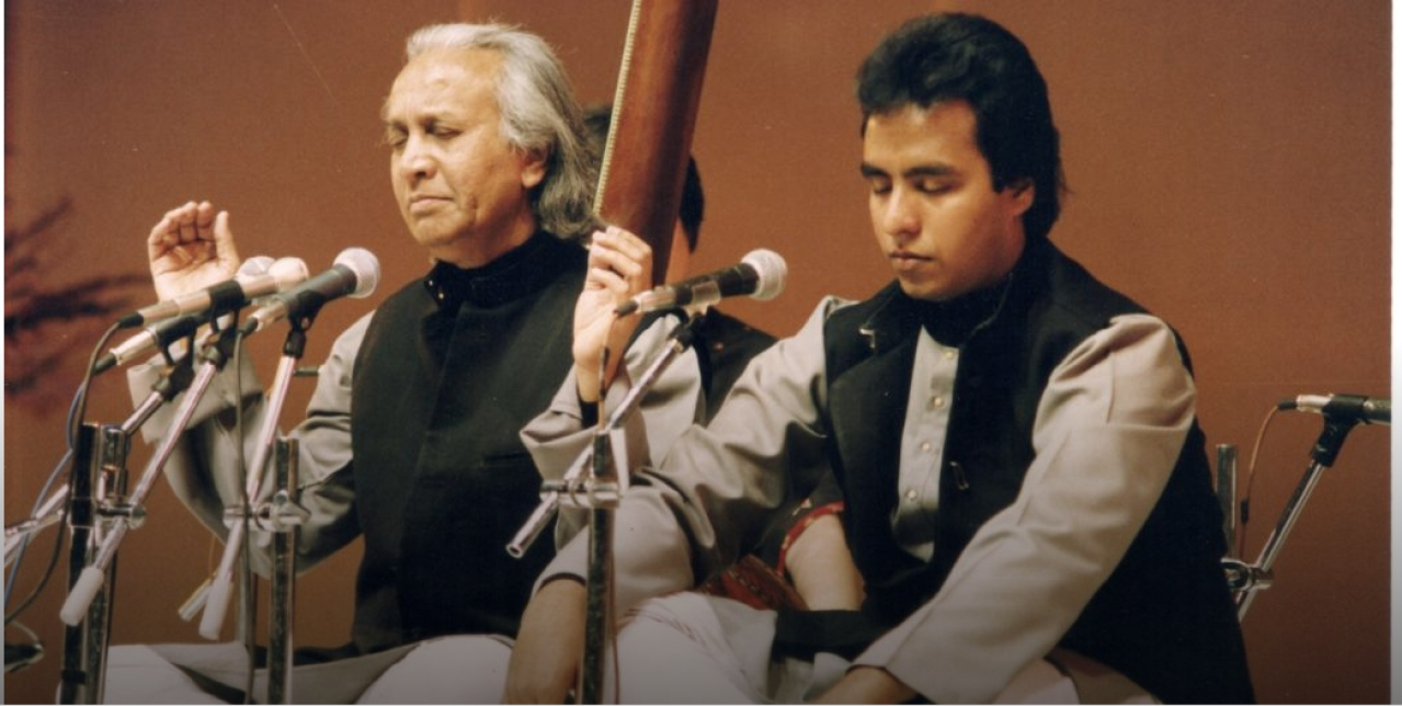 Ustad N. Zahiruddin Dagar (left) with the author