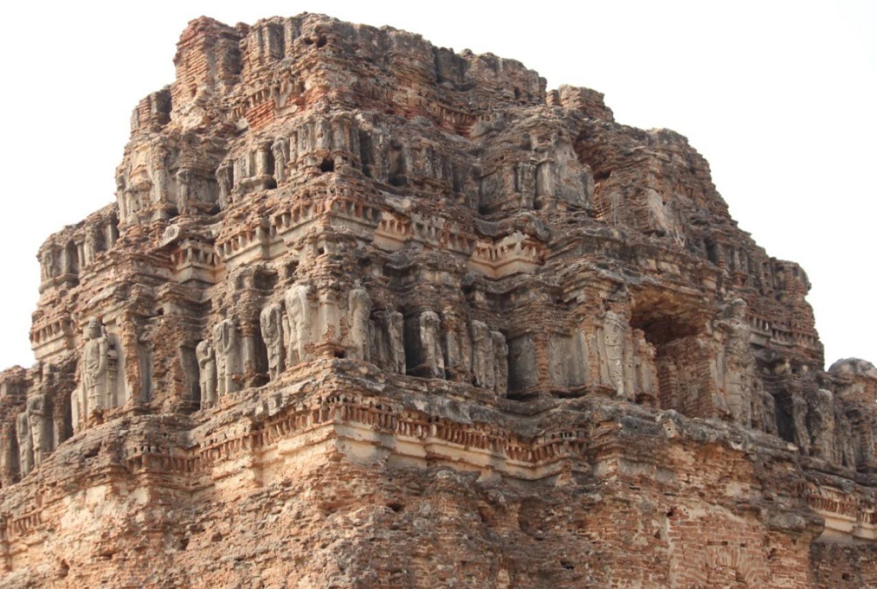 Viṭṭhala temple ruins- Gopuram