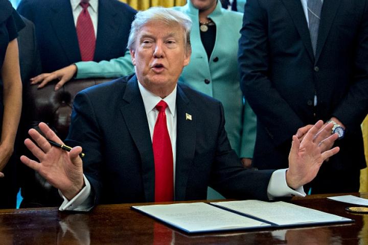 Trump To Impose Steep Duties On Import Of Steel And Aluminium