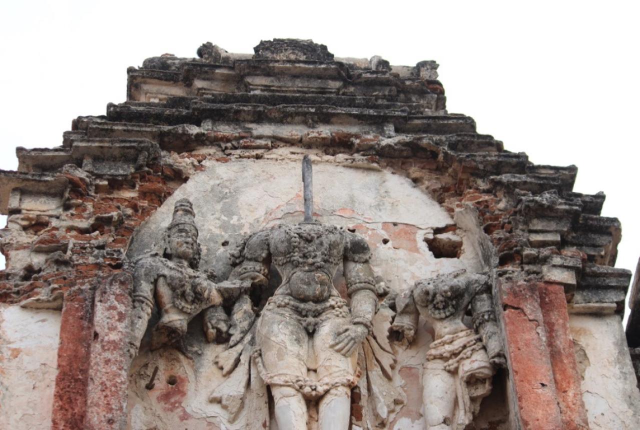 Mutilated Gopuram sculptures: Virupaksha Temple