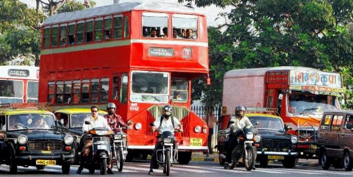 Private Buses Can Ease Traffic Woes; Government Won't Allow Them To Operate