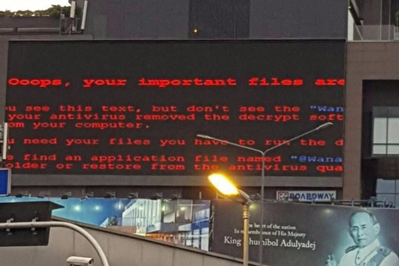 Board hacked in Bangkok (Twitter.com/gcluley)