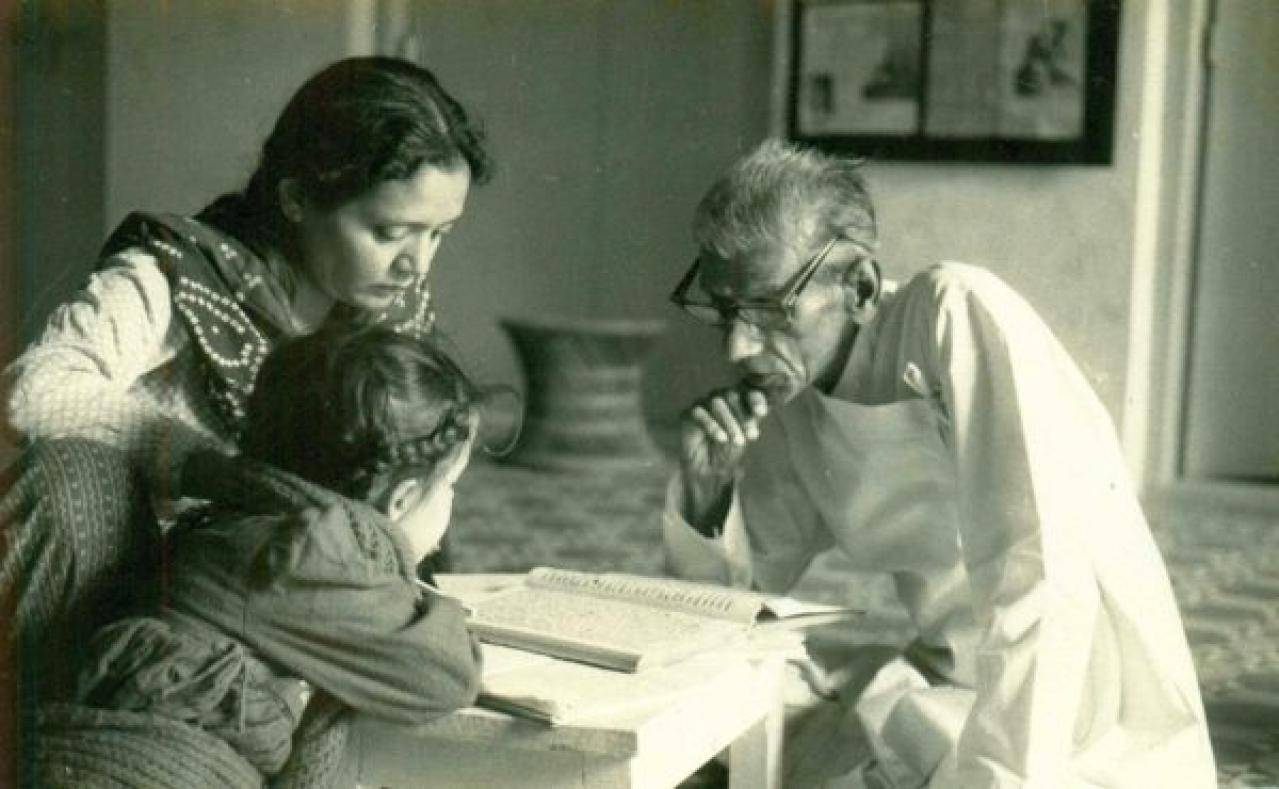 Sharing heritage: Kalyanji with Daksha and Isha.