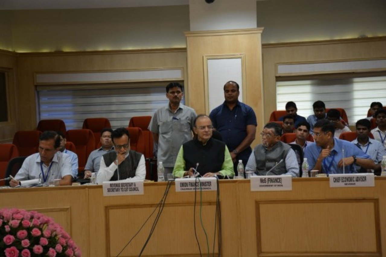 (L to R) Revenue Secretary  Hasmukh Adia, Finance Minister Arun Jaitley, Minister of State for Finance Santosh Gangwar and Chief Economic Adviser Arvind Subramanian (Ministry of Finance/Twitter)