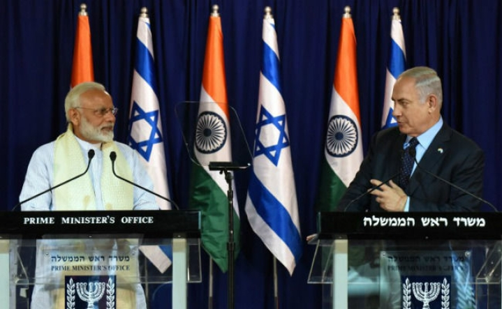 When I Turn My Head To The Right During Yoga, India Is The First Democracy I'll See: Netanyahu