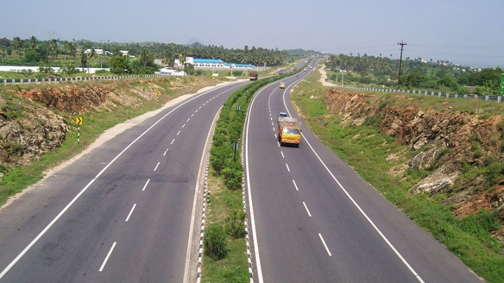 Gadkari's Highway Village Project Sees Good Response From Bidders, Driving Could Soon Be A Smoother Affair