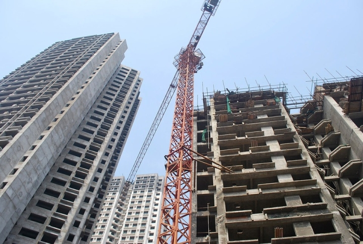Mumbai Builders  Sitting On  Piles Of Unsold Flats, Hoping The Laws Of Economics Don't Matter