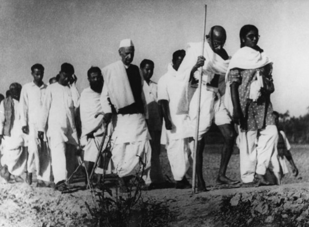 Mahatma Gandhi in Noakhali, 1946