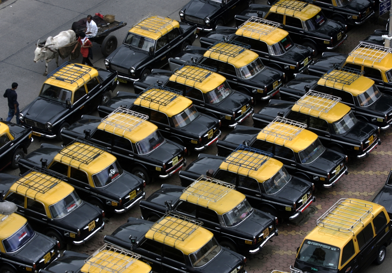 Taxis in Mumbai (Anshuman Poyrekar/Hindustan Times via Getty Images)