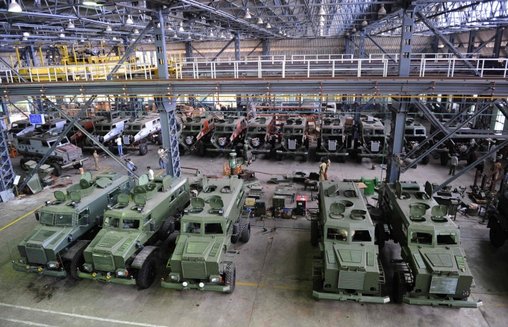 Government Sacks High Ranking  Ordnance Factories Service Officers For 'Unsatisfactory Performance'