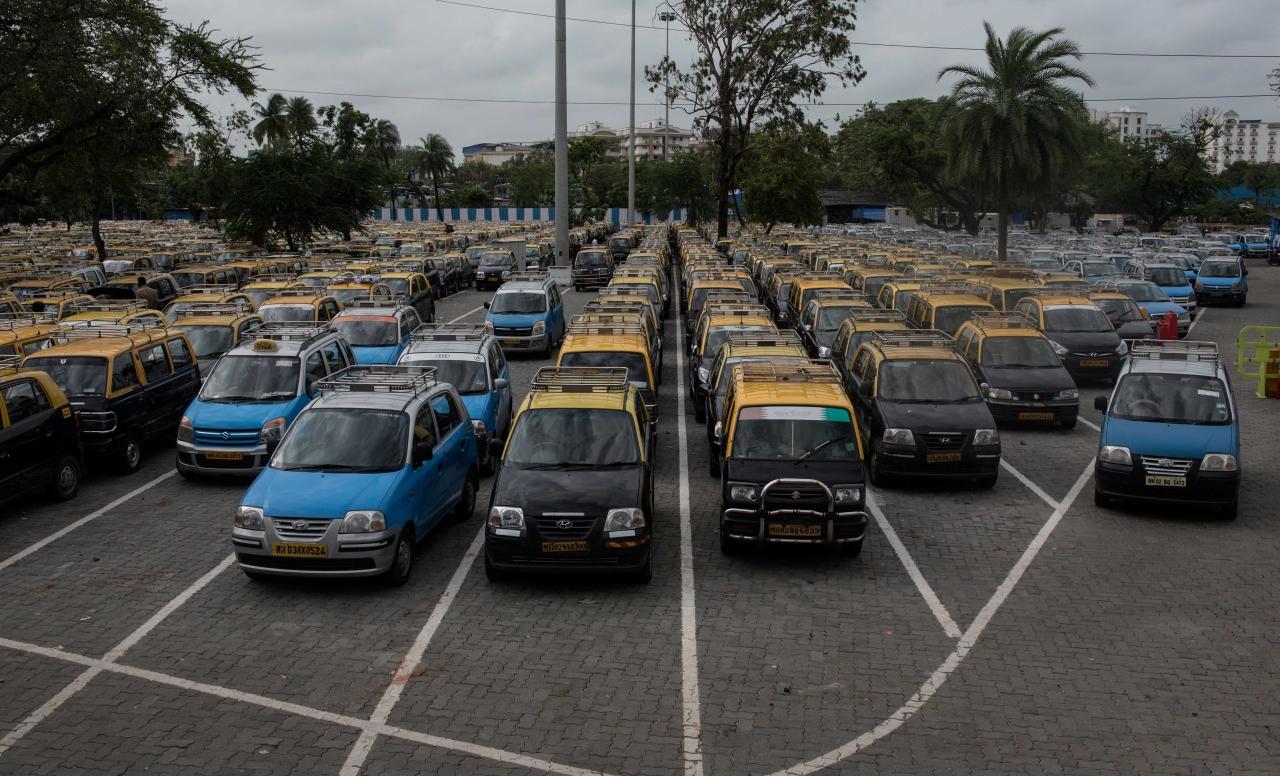 Taxi's in Mumbai (Satish Bate/Hindustan Times via Getty Images)