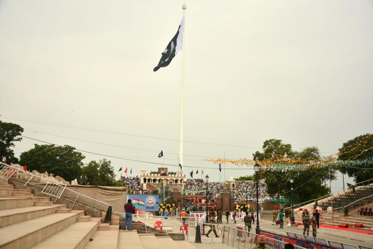 Tallest national flag of Pakistan at Wagah border near Amritsar, India. (Sameer Sehgal/Hindustan Times via Getty Images)