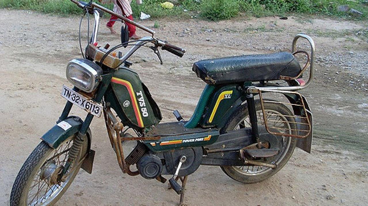 Karnataka To Ban Pillion Riders On Bikes With Engines Less Than 100cc