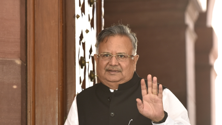 60 Pakistani Hindu Migrants Granted Indian Citizenship, Another 600 To Get It Soon: Raman Singh