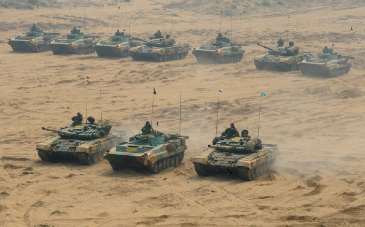 Tanks participate in an earlier India-Russia joint military drill at the Mahajan Field Firing Range in Rajasthan around 900 kilometres from Ahmedabad. (SAM PANTHAKY/AFP/GettyImages)