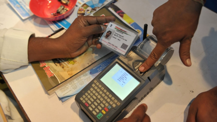 Nearly 82 Per Cent Ration Cards Linked To Aadhaar, 2.75 Crore Bogus Ones Weeded Out