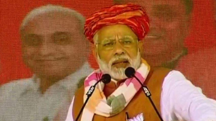 Gujarat: PM Modi Says Congress Celebrated Hafiz Saeed's Release, Trusts Chinese Envoy More Than Army