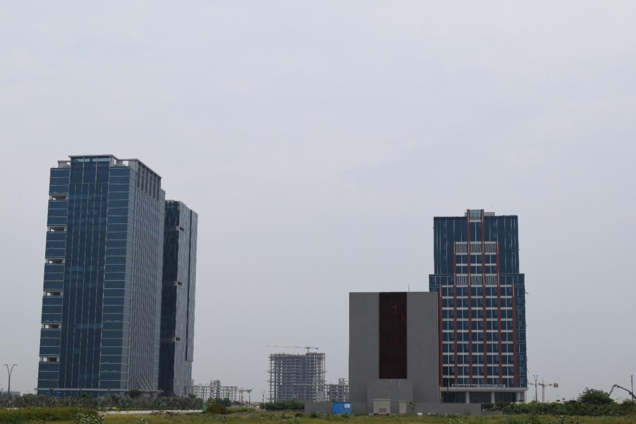 Gift city a model for future smart cities or just a disneyland gift 1 and gift 2 the completed towers of the city negle