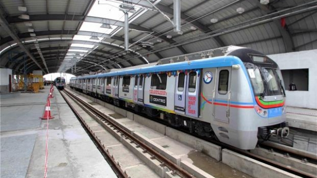 Hyderabad Metro Shows The Way: India Should Evolve PPP Model For Metro Projects