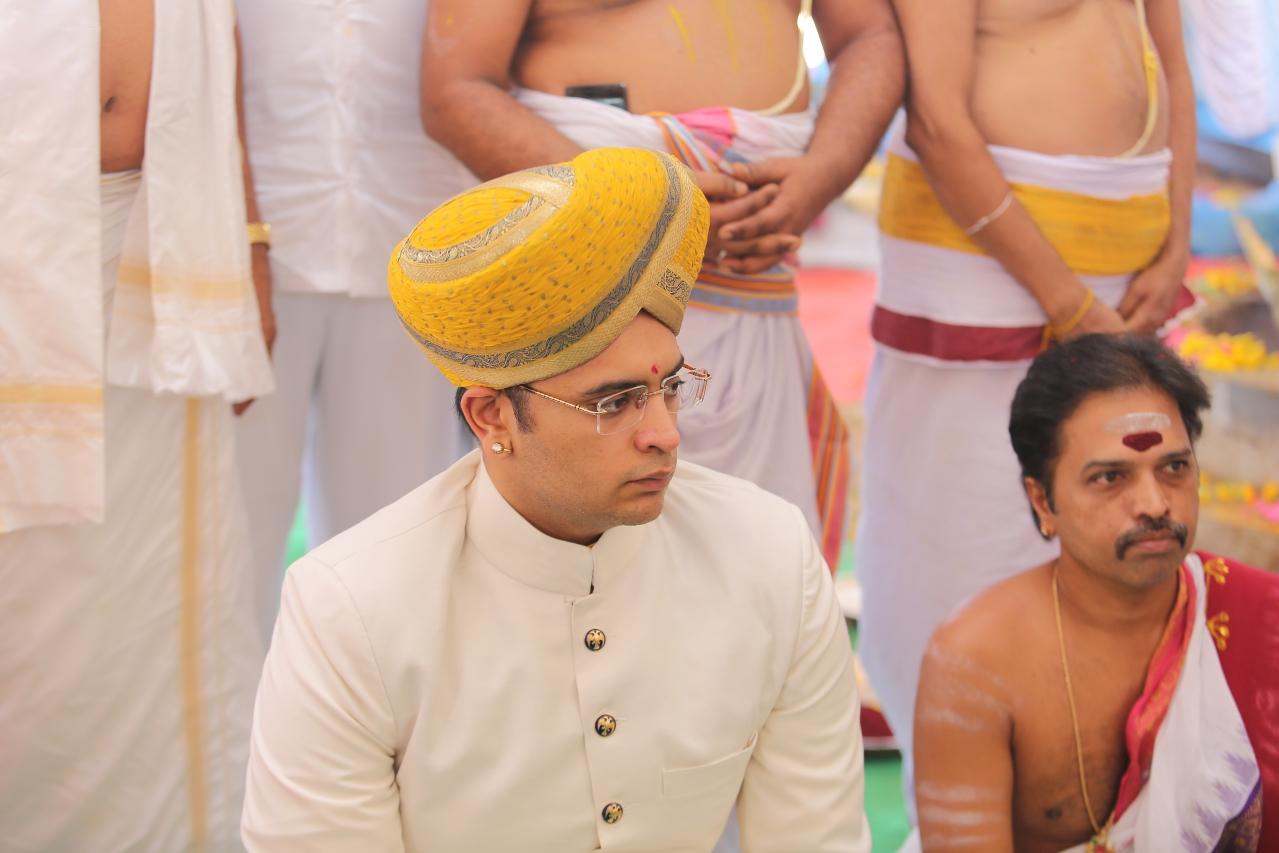 Maharaja of Mysore Yaduveer Krishnadatta Chamaraja Wadiyar at the consecration of the Upapitha