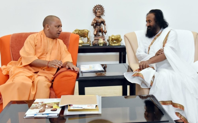 Ayodhya Case: Muslim Personal Law Board Seems To Have Rejected Sri Sri's Mediation Even Before It Began