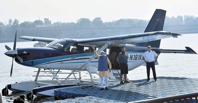 Following PM Modi's Seaplane Ride In Gujarat, Centre Announces Plans To Link Smaller Cities By 2019