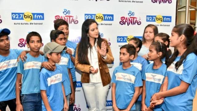 """To Amruta Fadnavis: Why I Don't Support Your Choice To Lead The """"Be Santa"""" Campaign"""