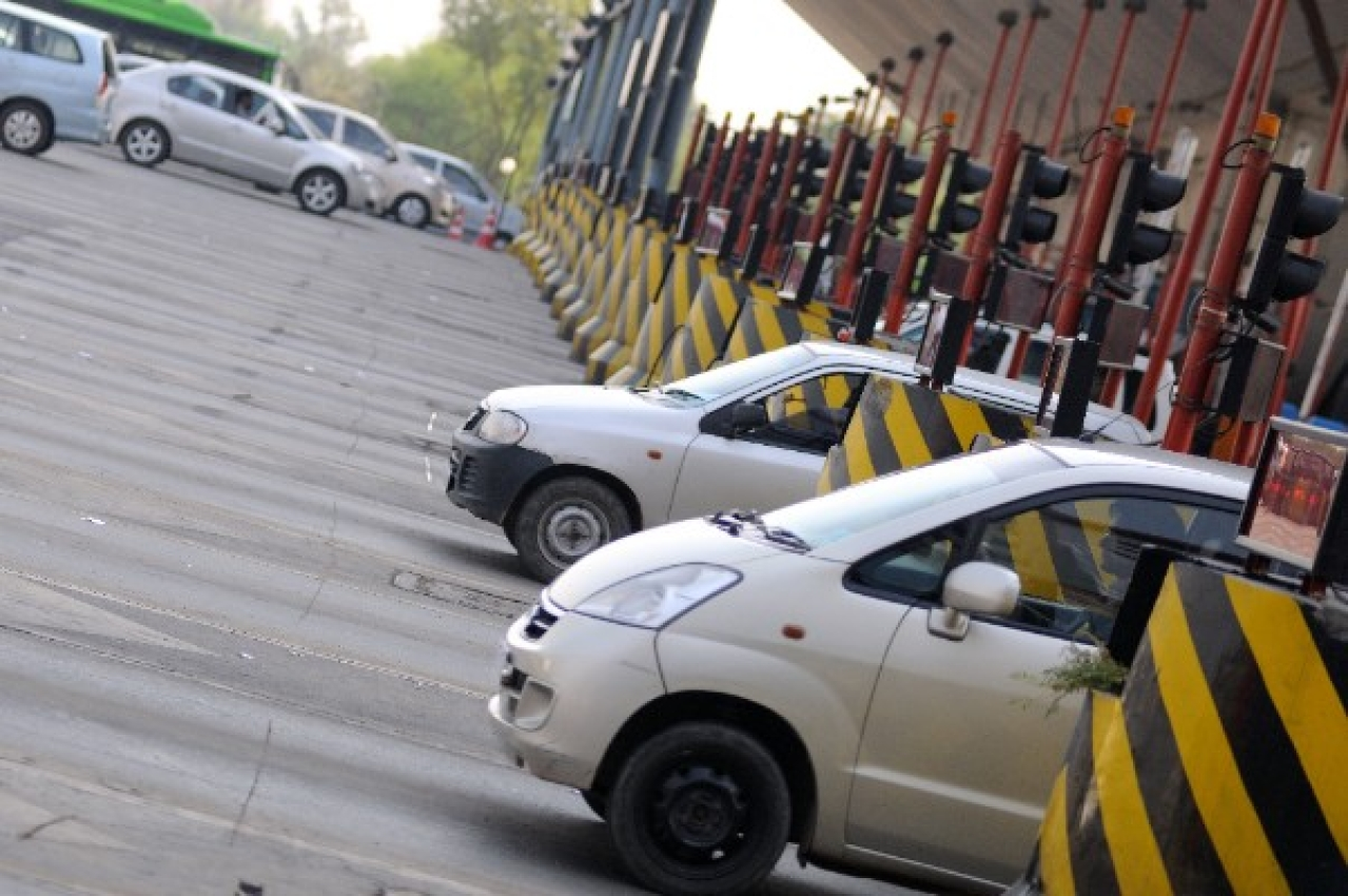 Delhi-Gurgaon toll plaza. (Pradeep Gaur/Mint via GettyImages)