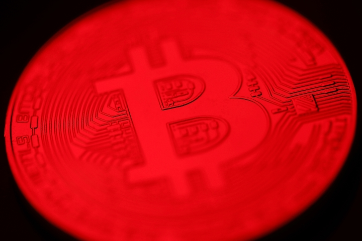 RBI Comes Down Heavily On CryptoCurrencies; Bans Banks And E-Wallets From Crypto Transactions