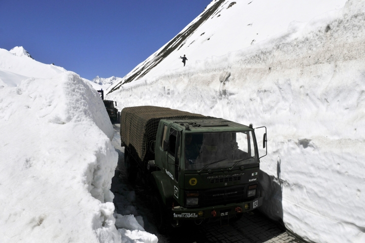Government Approves Zoji La Pass Tunnel For All-Weather Connectivity Between Kashmir And Ladakh