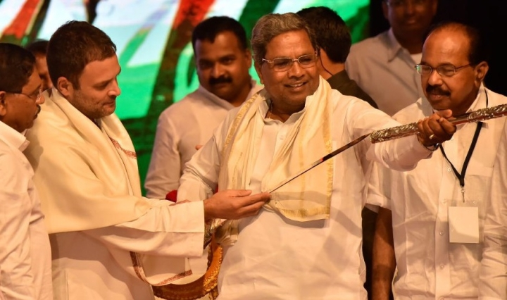 Goonda Raj Comes To Karnataka: Congress Leader Douses Municipal Office With Petrol, Threatens To Set It On Fire