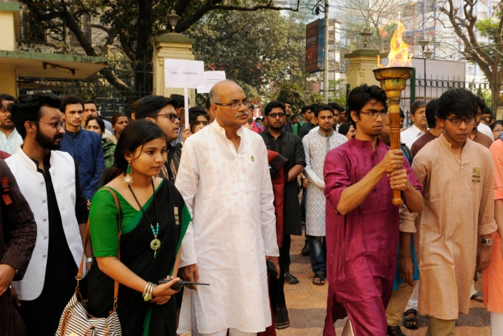 Bengalis Need To Know That Language Does Not Bridge Religious Divide