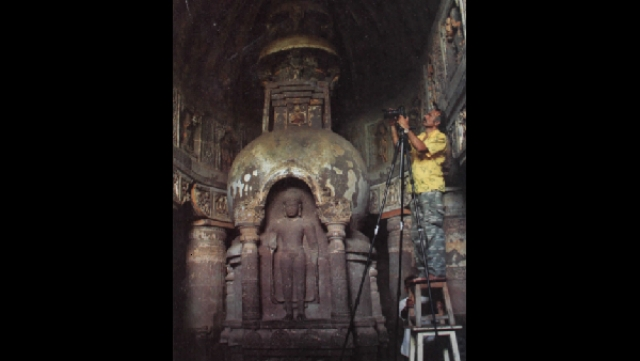 How Prasad Pawar Restored Art Work In Ajanta Caves Without Touching Them