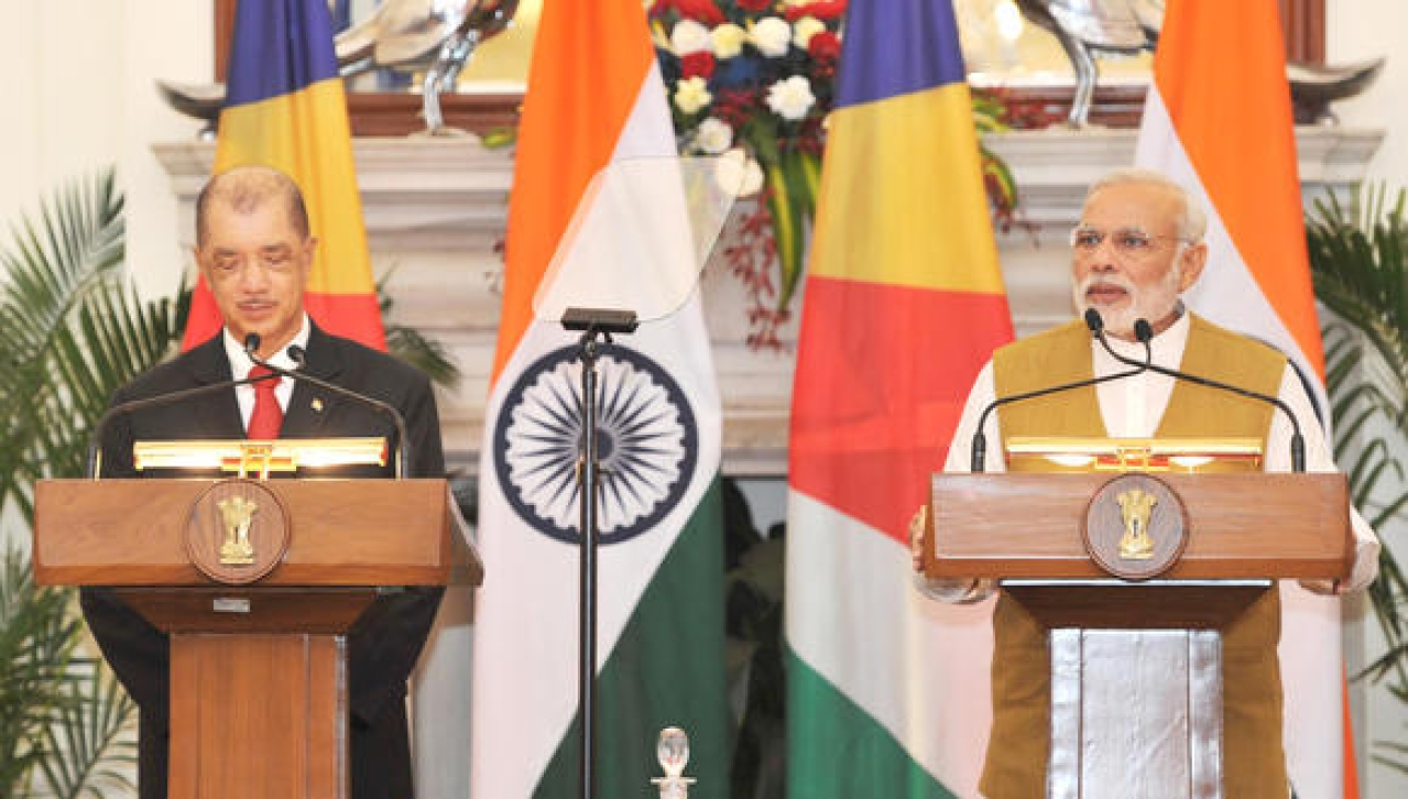 Prime Minister Narendra Modi and former Seychelles president James Michel at a joint press conference. (Business Standard)