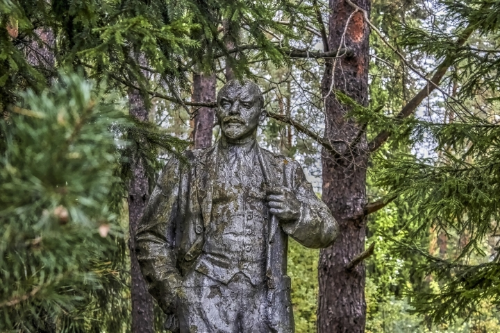 Tripura Is Not Alone – Lenin's Statues Are Falling Around The World, Even Russia