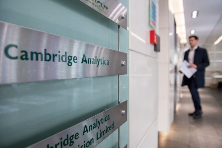 Modi Sarkar Issues Notice To Cambridge Analytica, Asks Who Used Their Services