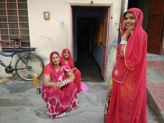 Women in Jaipur's Mansarovar area.