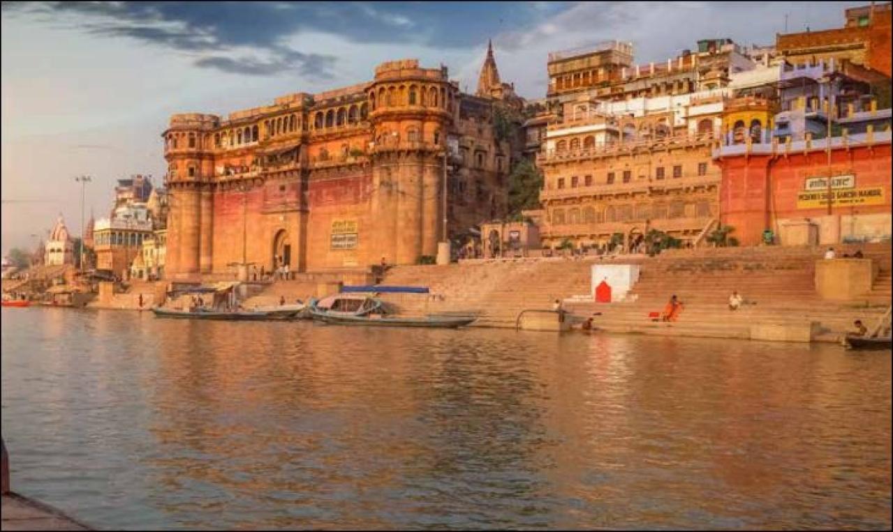 One of the Ganga <i>ghats</i>.